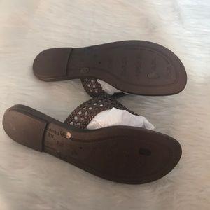 3dbda95973b Grendene Shoes - Grendene Womens sz 7 Brown T-Strap Flip Flops